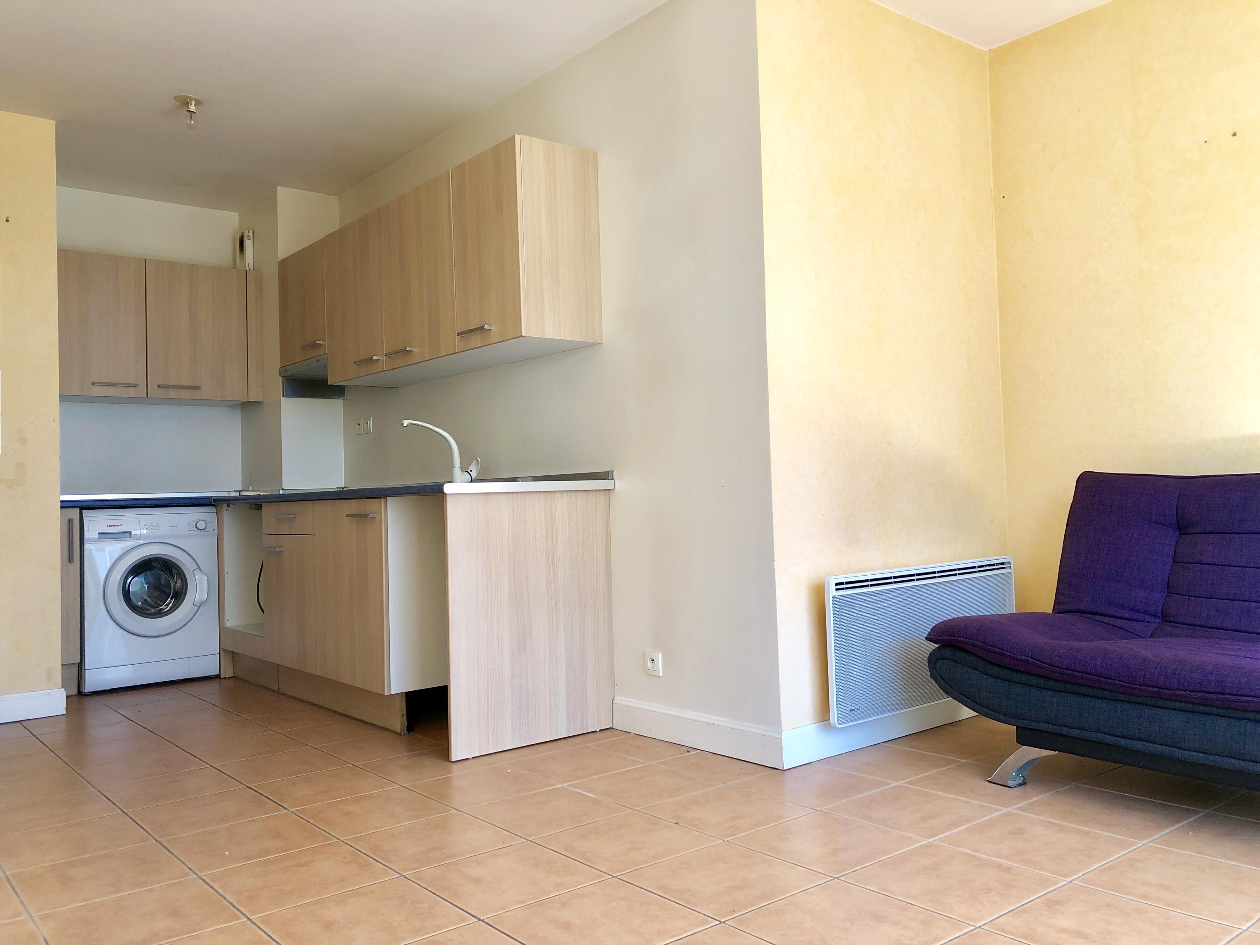 Hendaia alturas apartamento con terraza, parking y trastero.
