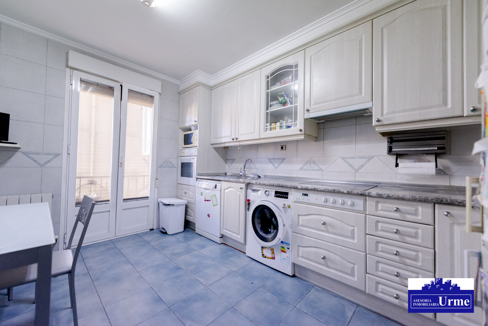 Tu hogar perfecto,en Paseo de Colon!!105m2 útiles, dos balcones, al Sur, 3 habitaciones, gran salon, de diseño, garaje opcional, te gustara!!!