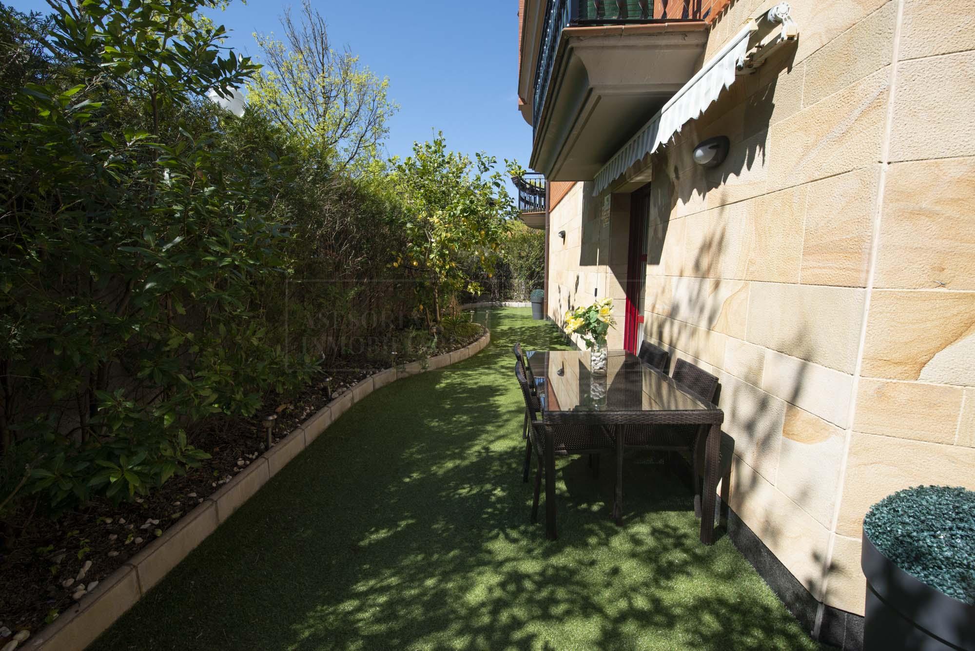 Mendibil,En urbanizacion privada con piscina, Duplex con terraza y garaje doble!!